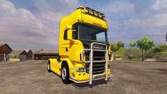 Scania R560 yellow