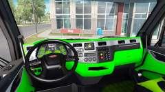 Неоновый зеленый окрас интерьера Peterbilt 579
