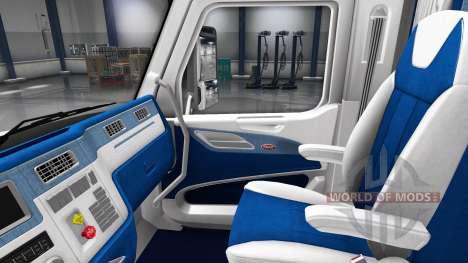 Бело-синий интерьер в Peterbilt 579 для American Truck Simulator