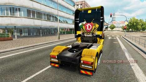 Скин Dynamo Dresden на тягач Scania для Euro Truck Simulator 2