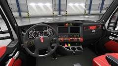 Красный интерьер Kenworth T680