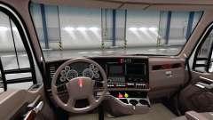 Люксовый коричневый интерьер Kenworth T680